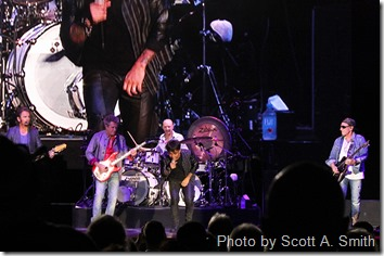 Concert Review: Journey, Doobie Brothers and Dave Mason at the Walmart AMP in Rogers, Arkansas
